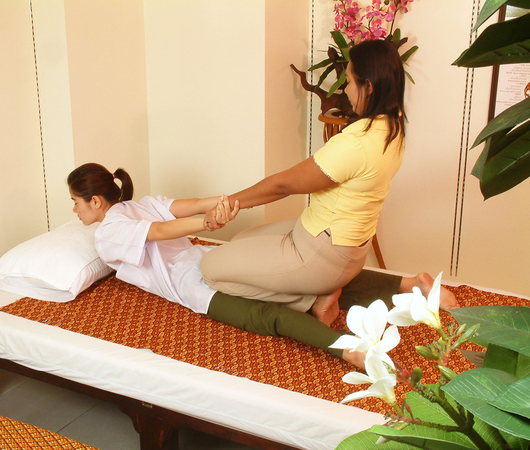 thaimassage skarpnäck siam royal thai massage